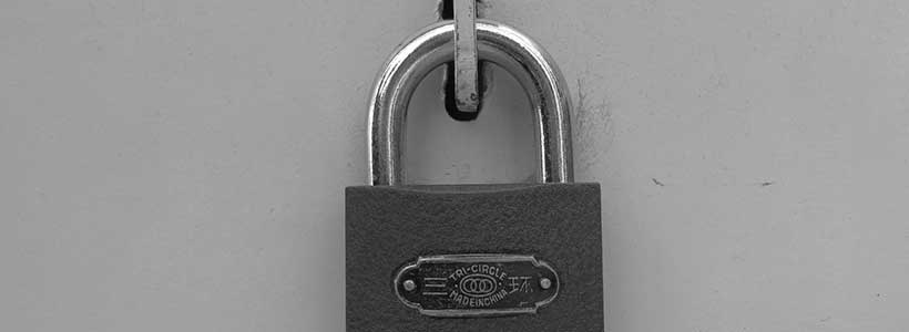 Lock - photo: Howard Lake on Flickr.com