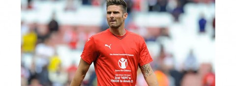 Arsenal's Giroud with Save the Children on shirt