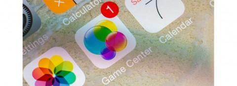 iPhone Game center