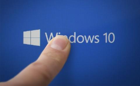Windows 10 - Mark Watman on Shutterstock.com