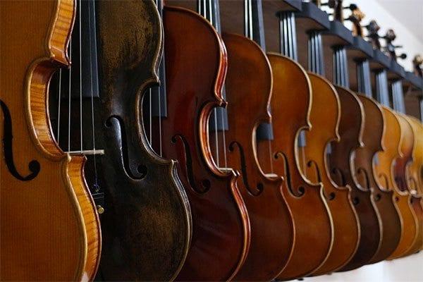 Violins - photo: Pixabay.com