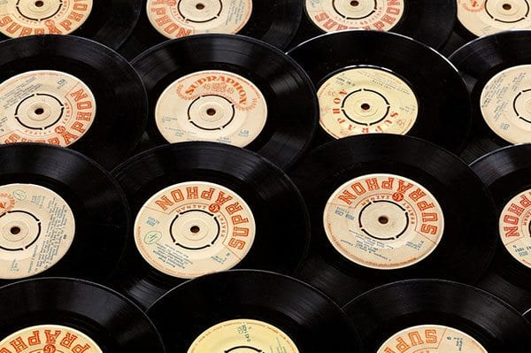 Music records - 45s - image: Pixabay
