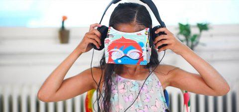 Virtual reality girl