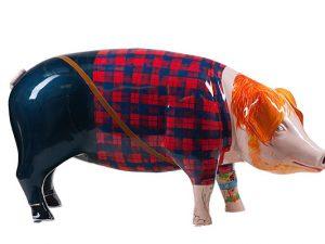 Ed Sheeran lookalike pig statue raises £6,200 for charity