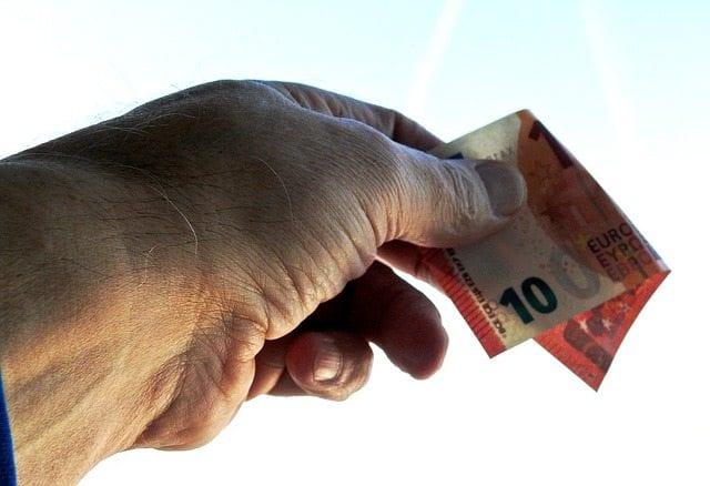 giving donation euros