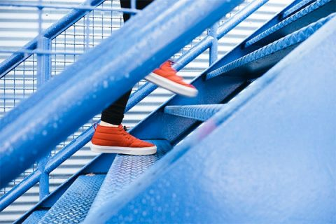 Climbing stairs - photo: Pixabay.com