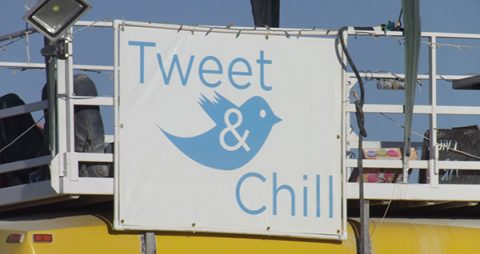 Tweet and chill - photo: John Mosbaugh on Flickr.com