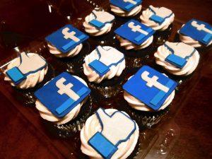 Facebook tests birthday fundraising option
