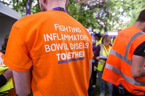 T-shirt - Fighting inflammatory bowel disease together - photo: Crohn's & Colitis UK