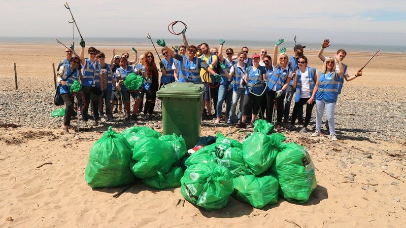 keep britain tidy beach clean