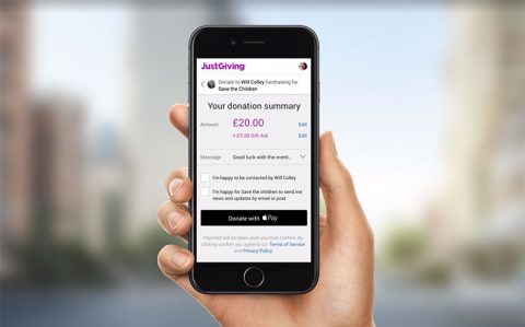 Donating on JustGiving using Apple Pay on an iPhone