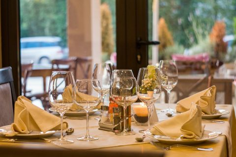Restaurant and dining - image: Pixabay