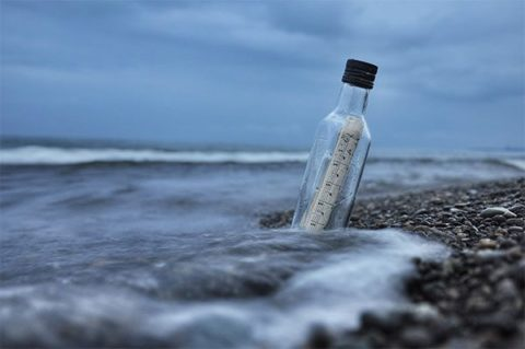 Message in a bottle - photo: Pexels.com