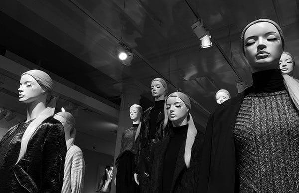 Shop models with eyes closed - photo: Howard Lake