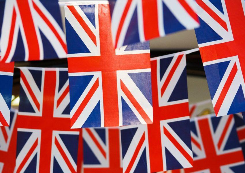 Union flag bunting - photo: Pixabay