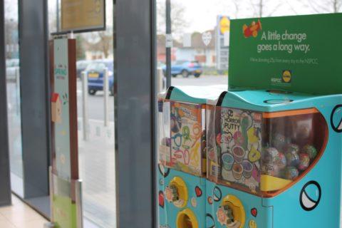CharityPodz vending machine in Lidl store