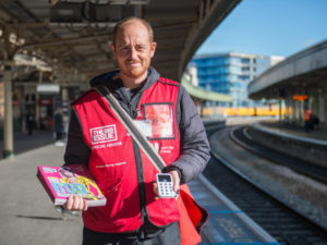 The Big Issue & iZettle roll out contactless payments nationwide