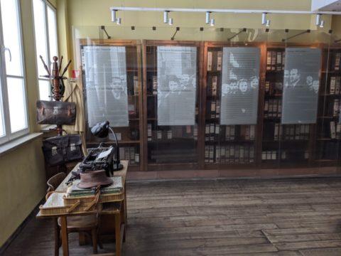Adjoining room to Oskar Schindler's room - photo: Oli Hiscoe