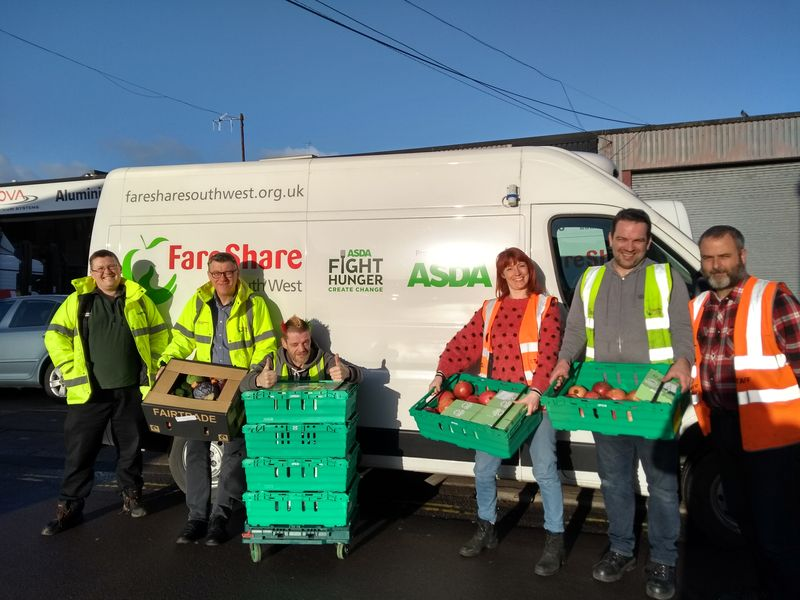 FareShare South West staff and volunteers (1)