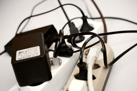Too many cables and sockets - photo: Pixabay