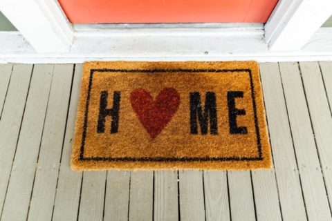 Home doormat, with heart shape