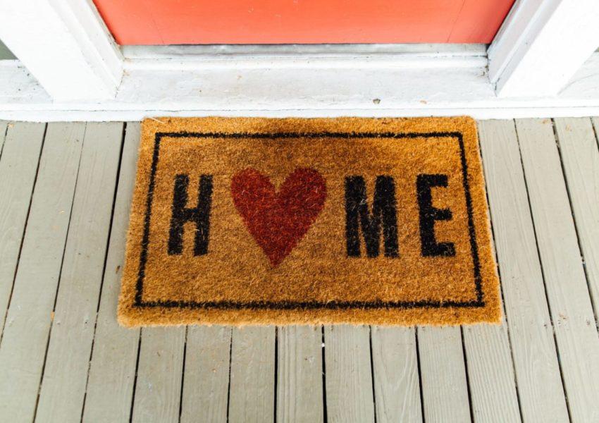 Home doormat, with heart shape
