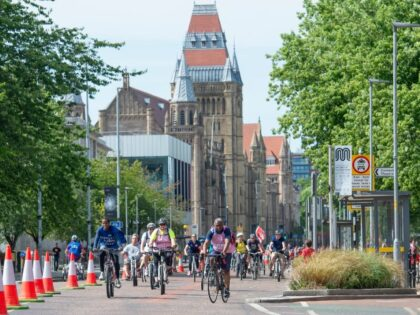 London Marathon Charitable Trust gives £1m to Transport for Greater Manchester