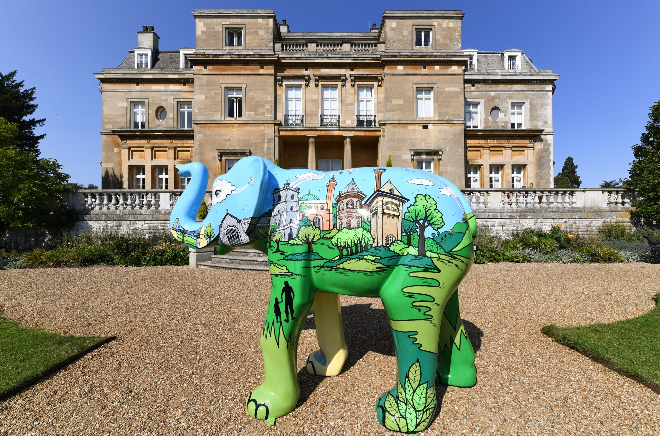 Elephant sculpture outside Luton Hoo. Copyright: Keech Hospice Care