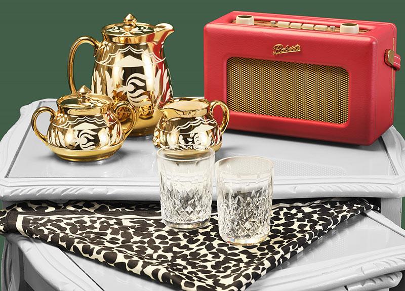 Tea set and radio