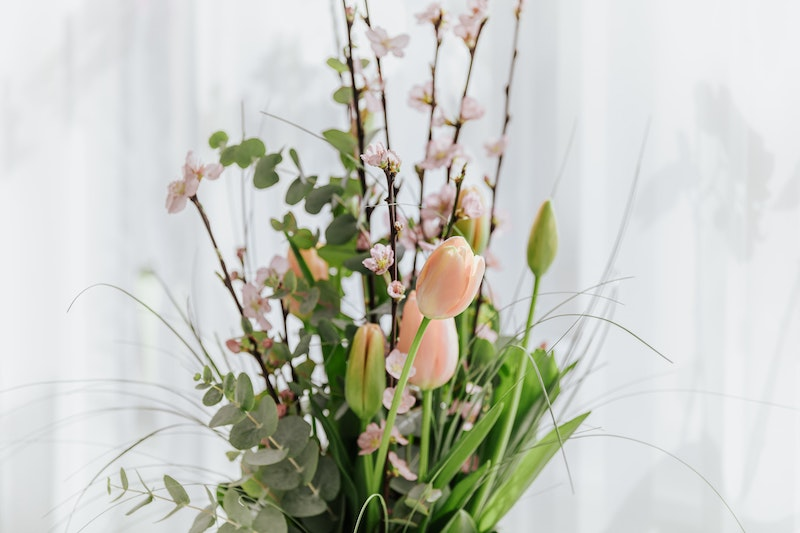 Flowers in vase.
