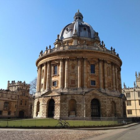Bodleian in Oxford by Sara Price from Pixabay