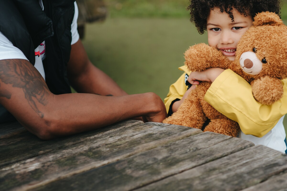 Presence of children increases adults' likelihood to donate, study shows